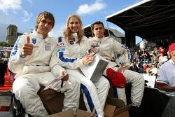 Vitaly Petrov, Liz Halliday and Romain Iannetta