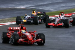Felipe Massa, Scuderia Ferrari; Mark Webber, Red Bull Racing; Fernando Alonso, McLaren