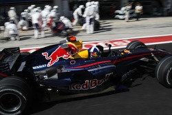 David Coulthard, Red Bull Racing, RB3 pit stop