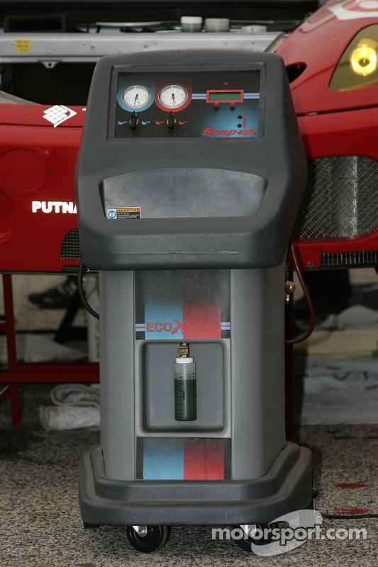 Electronic equipment at Risi Competizione