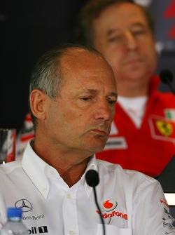 Ron Dennis, McLaren, Team Principal, Chairman and Jean Todt, Scuderia Ferrari, Ferrari CEO