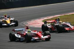Ralf Schumacher, Toyota Racing, TF107 and Lewis Hamilton, McLaren Mercedes, MP4-22