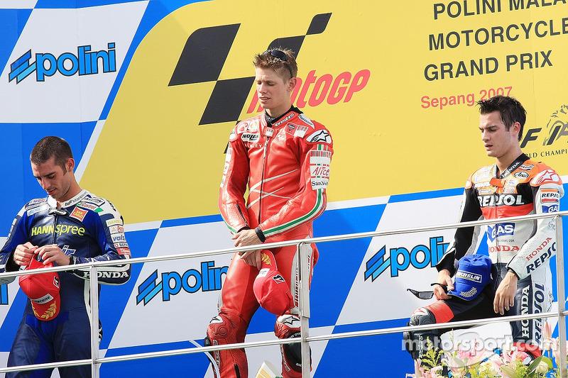 Podio: 1º Casey Stoner, 2º Marco Melandri, 3º Dani Pedrosa