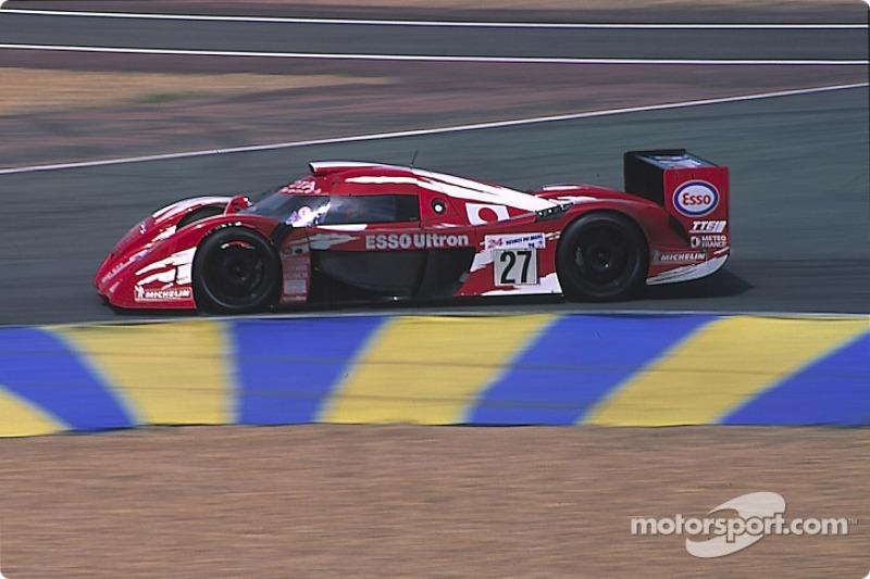 #27 Toyota Motorsport Toyota GT-One: Keiichi Tsuchiya, Ukyou Katayama, Toshio Suzuki