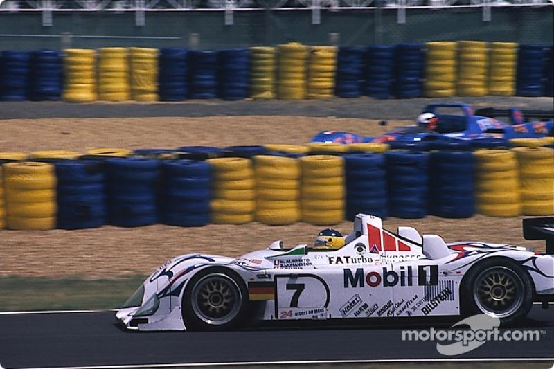 #7 Porsche AG Porsche LMP1/98: Michele Alboreto, Stefan Johansson, Yannick Dalmas