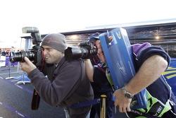 Des photographes en plein travail