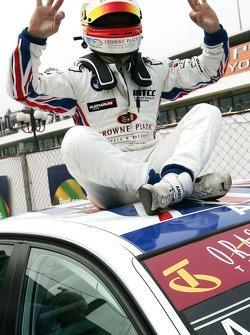Энди Приоль, BMW Team UK, BMW 320si WTCC
