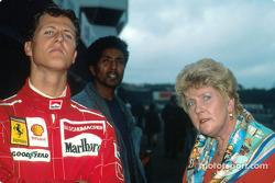 Michael Schumacher con su madre
