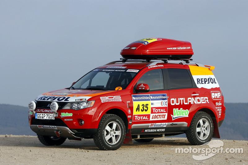 Repsol Mitsubishi Ralliart Team Shakedown Test Mitsubishi