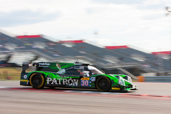 极速车队30号李吉尔JS P2-HPD赛车:大卫·海涅迈尔-汉森、莱恩·达齐尔、斯科特·夏普