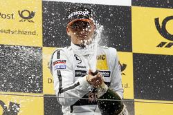 Podio: tercer puesto Pascal Wehrlein, HWA AG Mercedes-AMG