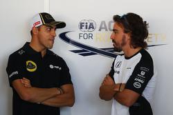 Пастор Мальдонадо, Lotus F1 Team и Фернандо Алонсо, McLaren