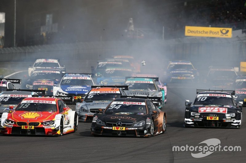 Старт: Аугусту Фарфус (BMW M4 DTM), Паскаль Верляйн (Mercedes C 63 DTM), Тимо Шайдер (Audi RS 5 DTM)