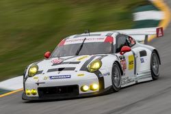 #911 Porsche North America Porsche 911 RSR: Патрік Пилі, Нік Тенді, Річард Літц