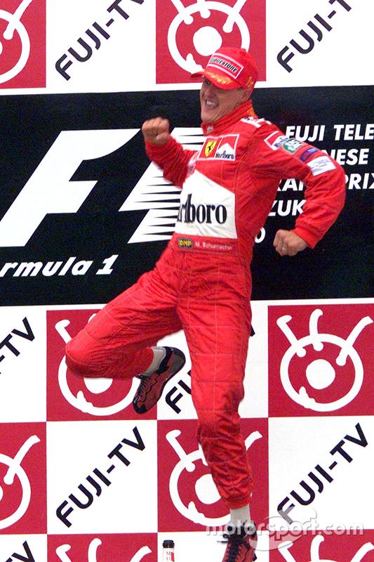 Ganador de la carrera y Campeon del Mundo del 2000 Michael Schumacher, Ferrari