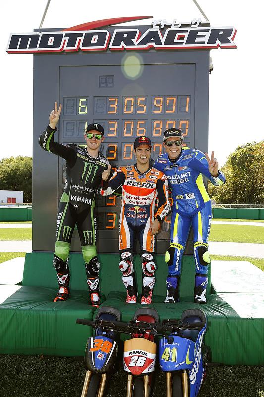 Mini bike challenge: переможець Дані Педроса, Repsol Honda Team, друге місце Бредлі Сміт, Monster Ya