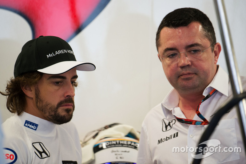 (L to R): Fernando Alonso, McLaren with Eric Boullier, McLaren Racing Director