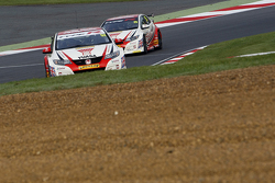 Gordon Shedden, & #25 Matt Neal, Honda Yuasa Racing Honda Civic Type R