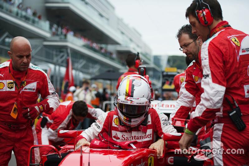 Sebastian Vettel, Ferrari SF15-T on the grid