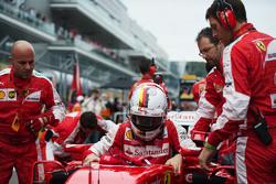 Sebastian Vettel sur la grille de départ