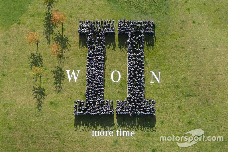 Mercedes celebra el Campeonato de constructores de fórmula 1 de 2015