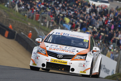 Tony Gilham, RCIB Insurance Racing Toyota Avensis