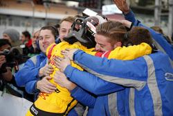 Ganador carrera 2 Antonio Giovinazzi, Jagonya Ayam with Carlin Dallara Volkswagen