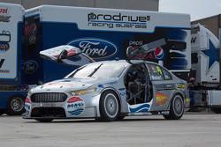 Prodrive Racing için Geleceğe Dönüş renk düzeni