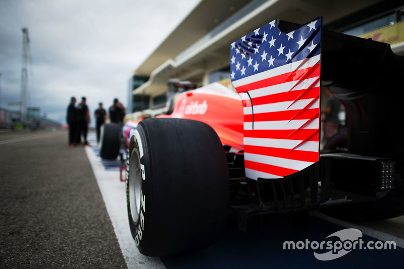 Manor F1 Team задне крило з прапором США