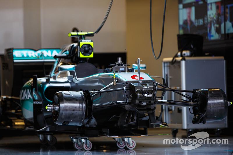 Mercedes AMG F1 W06 Ніко Росберг, Mercedes AMG F1 на піт-лейні