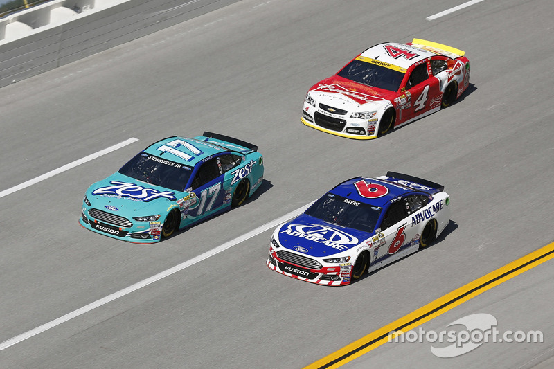 Ricky Stenhouse Jr. and Trevor Bayne, Roush Fenway Racing Fords and Kevin Harvick, Stewart-Haas Racing Chevrolet