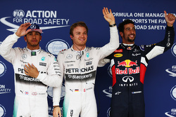 Qualifiche: il poleman Nico Rosberg, Mercedes AMG F1, il secondo classificato Lewis Hamilton, Mercedes AMG F1, il terzo classificato Daniel Ricciardo, Red Bull Racing