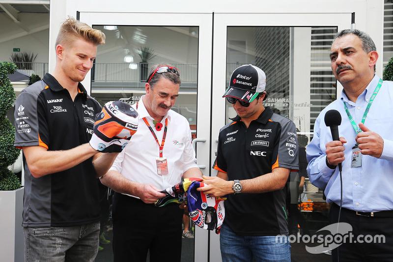 Nico Hulkenberg, Sahara Force India F1 con Nigel Mansell y Sergio Pérez, Sahara Force India F1 con máscaras de lucha libre mexicana