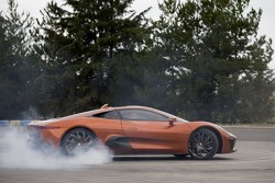 Felipe Massa in de Jaguar C-X75