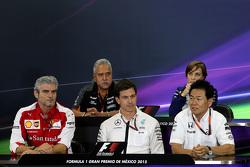 FIA persconferentie: Maurizio Arrivabene, Ferrari, Toto Wolff, Mercedes AMG F1 Yasuhisa Arai, Honda Motorsport, Claire Williams, Williams Martini Racing, Vijay Mallya, Sahara Force India
