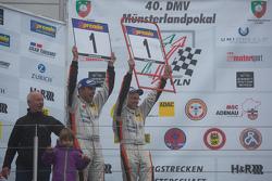 Gesamtsieger VLN 2015: #285 Groneck Motorsport Renault Clio: Tim Groneck und Dirk Groneck