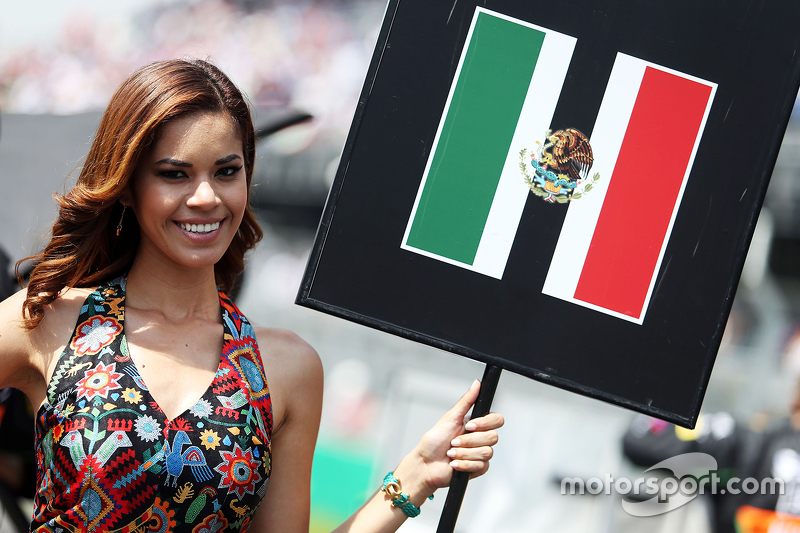 f1-mexican-gp-2015-grid-girl-for-sergio-
