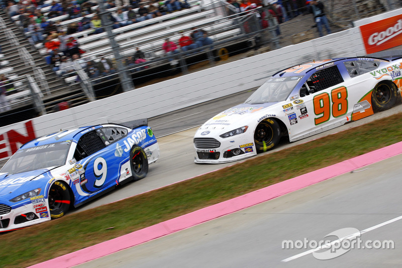Sam Hornish Jr., Richard Petty Motorsports Ford and Ryan Preece, Premium Motorsports Ford