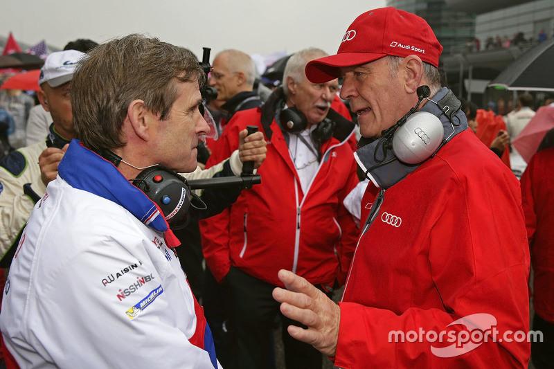 Pascal Vasselon, Technischer Direktor Toyota Racing, mit Dr. Wolfgang Ullrich, Audi-Sportchef