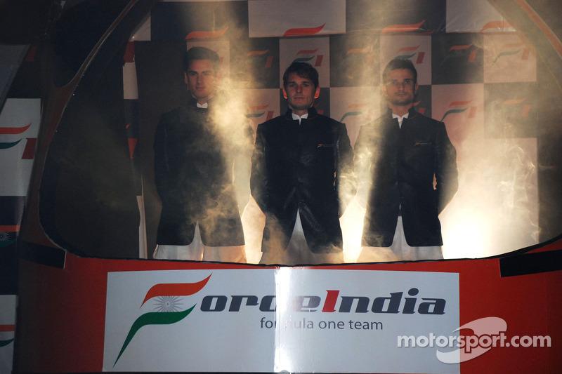 Giancarlo Fisichella Force India F1 and Vitantonio Luizzi Force India F1 Test Driver