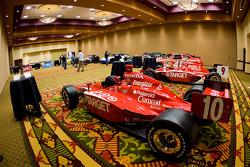 Chip Ganassi Racing with Felix Sabates: the IRL IndyCar Series car