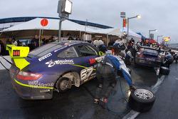 Pitstop for #67 TRG Porsche GT3 Cup: Emanuel Collard, Romain Dumas, Tim George Jr., Spencer Pumpelly, Bryan Sellers