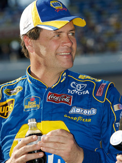 Michael Waltrip all smile after his front row qualifying