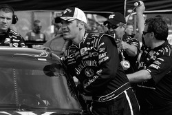 Clint Bowyer pushes his car to pit road