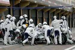 BMW Sauber F1 Team, Pit stop training
