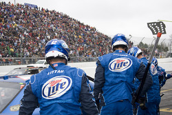 Miller Lite Dodge crew members ready for a pit stop