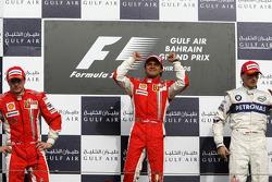 Podium: Sieger Felipe Massa mit Kimi Räikkönen und Robert Kubica