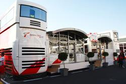 Toyota F1 motorhome