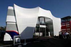 BMW Sauber F1 Team, Motorhome