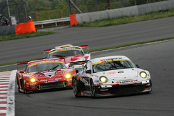 #33 Hankook Porsche: Mitsuhiro Kinoshita, Masami Kageyama